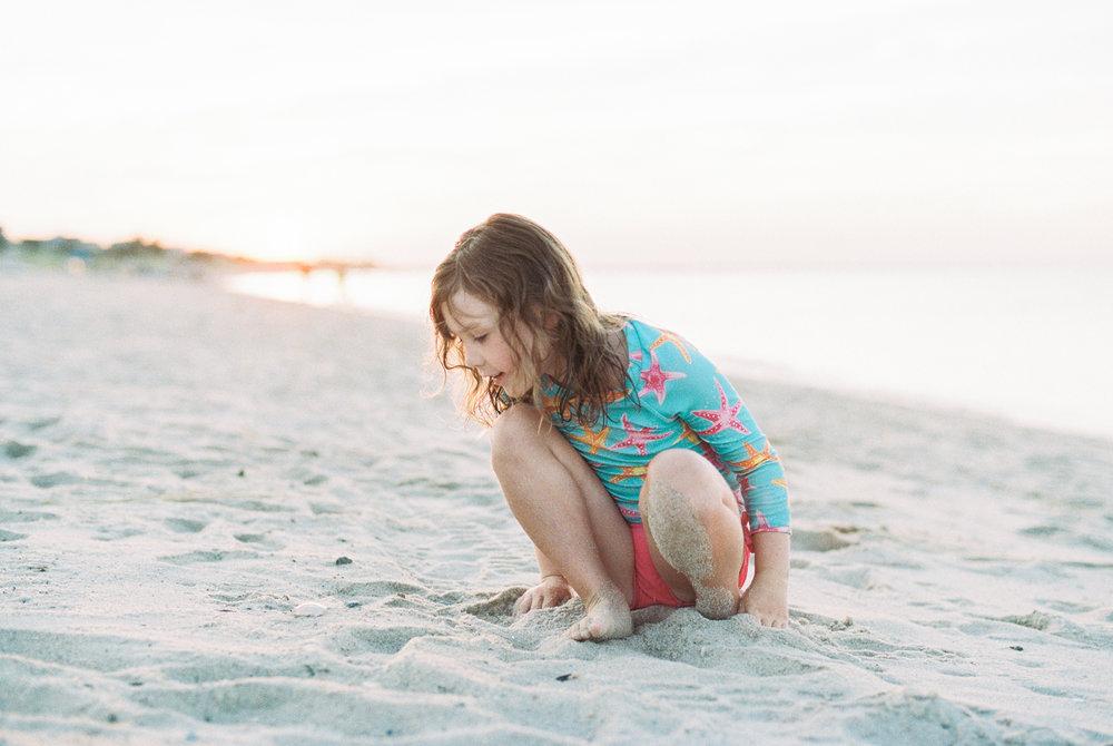 Maryland-Delaware-Beach-Lifestyle-Photographer-Lewes-Photos-By-Breanna-Kuhlmann-6.jpg