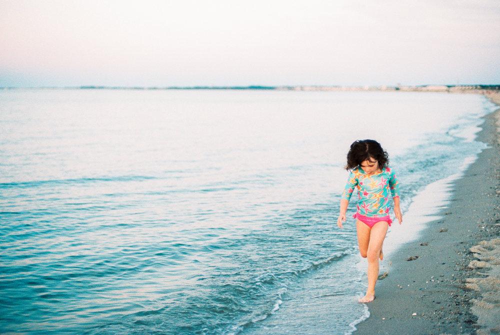 Maryland-Delaware-Beach-Lifestyle-Photographer-Lewes-Photos-By-Breanna-Kuhlmann-15.jpg