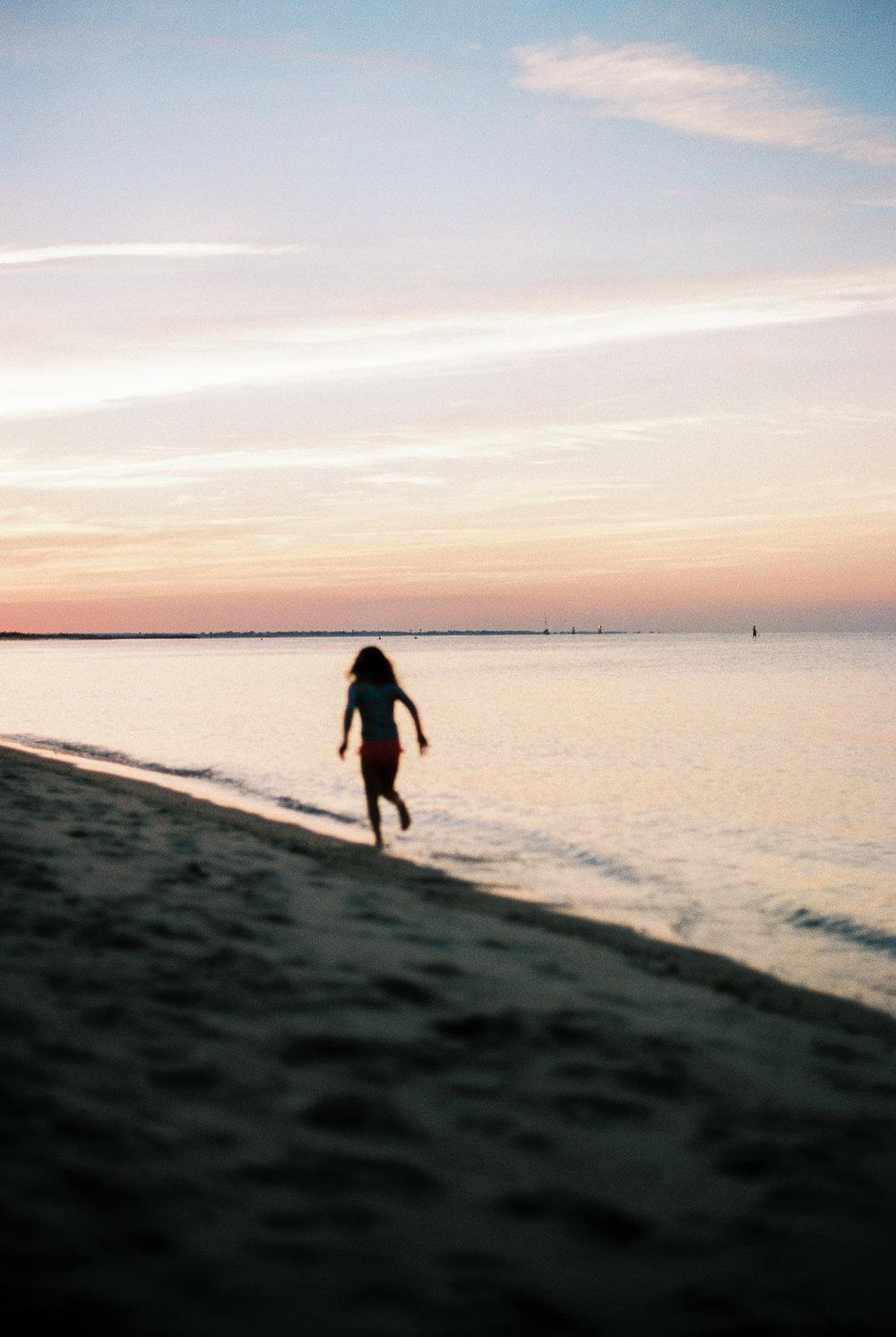 Maryland-Delaware-Beach-Lifestyle-Photographer-Lewes-Photos-By-Breanna-Kuhlmann-21.jpg
