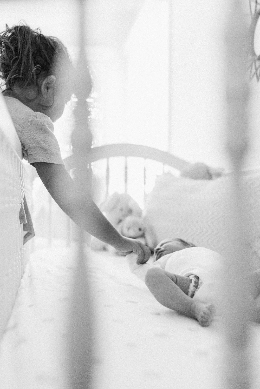 Baltimore-Maryland-newborn-Lifestyle-Harford-county-photographer-fine-art-modern-photos-by-breanna-kuhlmann-16.jpg