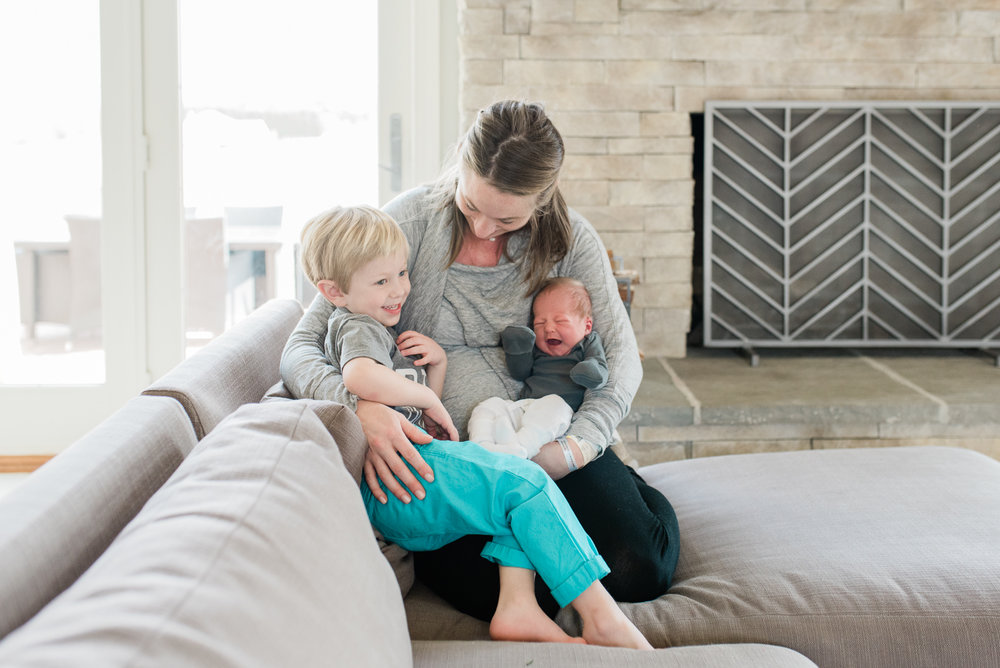 Maryland-lifestyle-newborn-photographer-fresh48-baltimore-photos-by-breanna-kuhlmann-#bklp-25.jpg