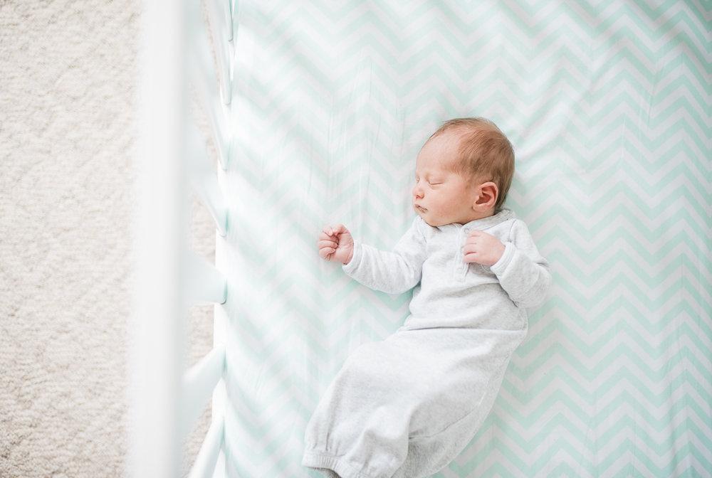 Baltimore-Maryland-lifestyle-newborn-photographer-photos-by-breanna-kuhlmann-#bklp-38.jpg