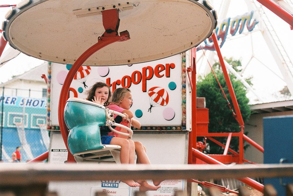 Maryland-delaware-beach-film-photographer-BKLP-lifestyle-rehobeth-funland-breanna kuhlmann-5.jpg