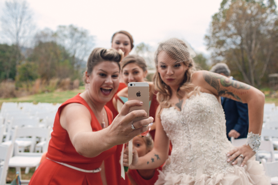 ashevillehiddenriverweddingphotographer23.jpg