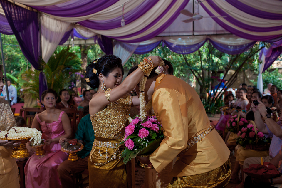 destinationweddingphotographercambodiabaliweddingphotograhergreenweddingshoes20.jpg