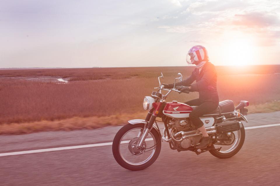 motorcyclephotographerwomenwhoridefemalemotorcycleriderwomenrider2.jpg