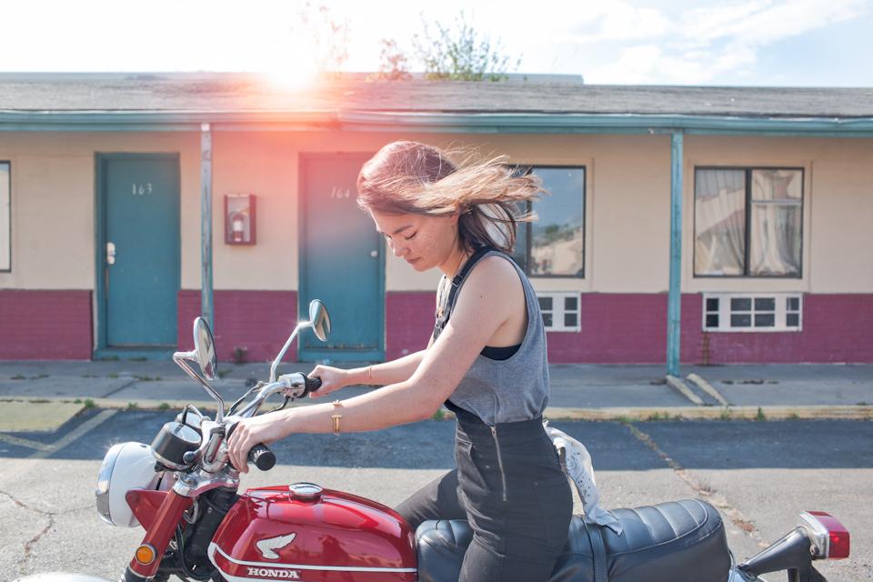 motorcyclephotographerwomenwhoridefemalemotorcycleriderwomenrider4.jpg