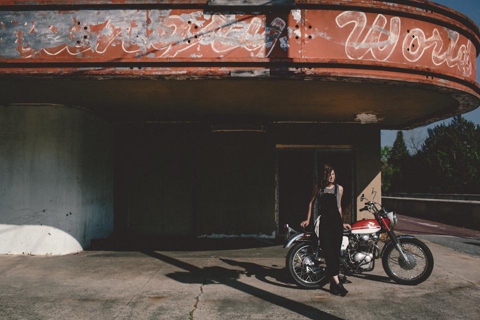 motorcyclephotographerwomenwhoridefemalemotorcycleriderwomenrider3.jpg