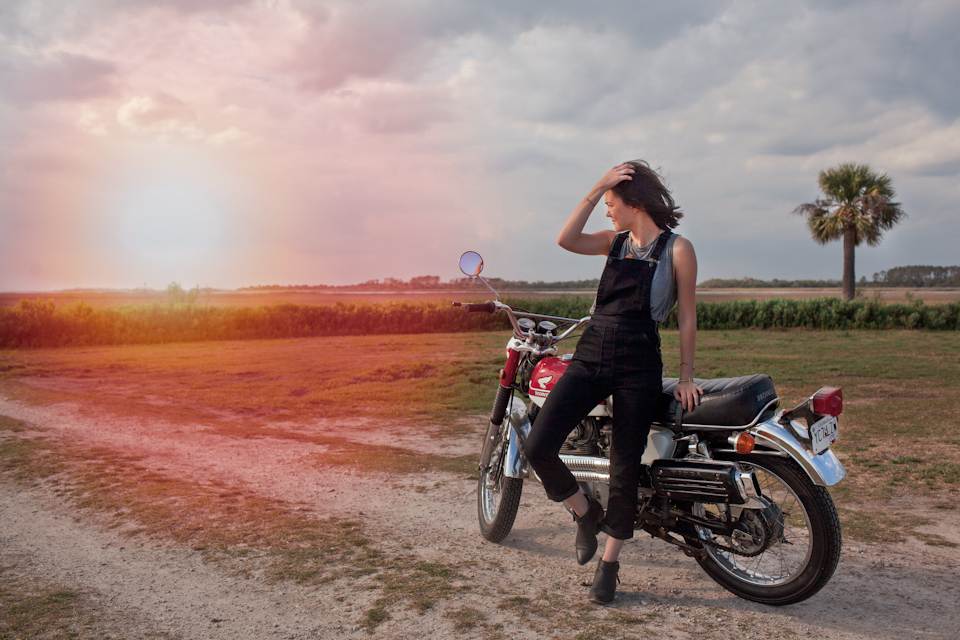 motorcyclephotographerwomenwhoridefemalemotorcycleriderwomenrider9.jpg