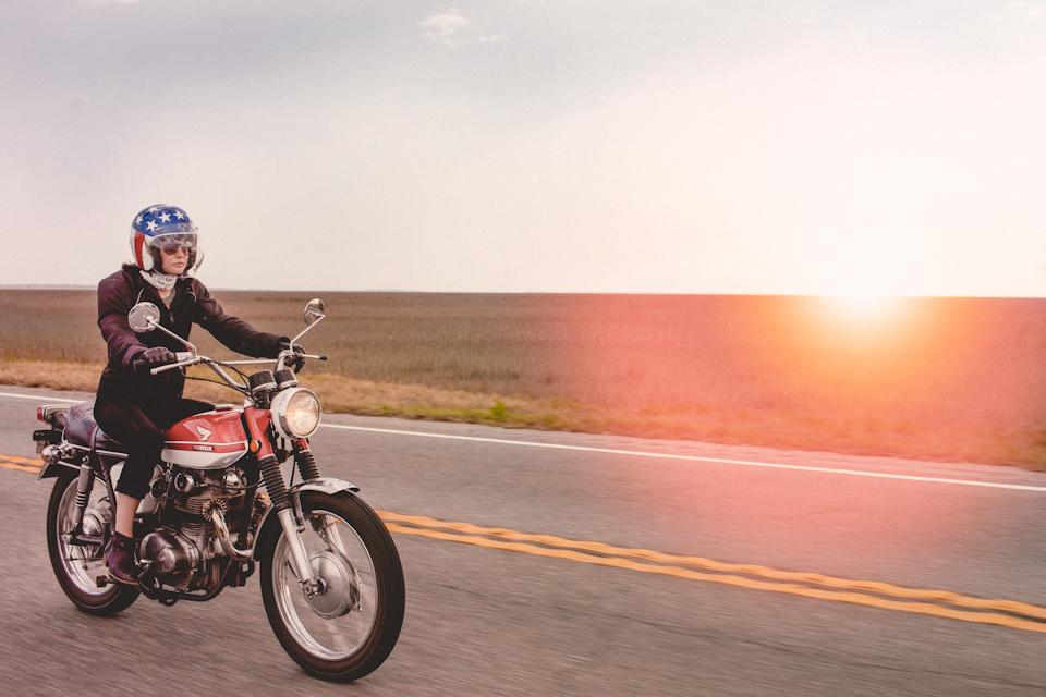 motorcyclephotographerwomenwhoridefemalemotorcycleriderwomenrider12.jpg