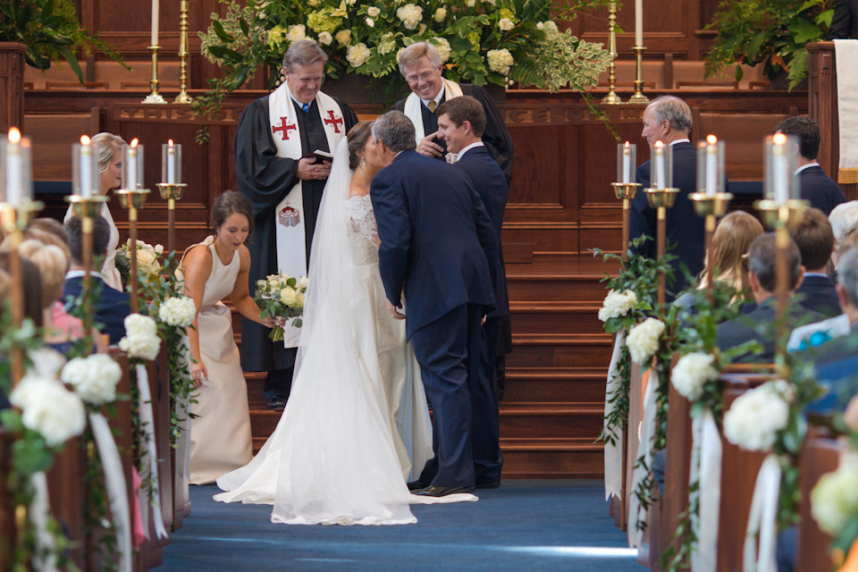 charlotteweddingphotographerivyplaceweddingwestminsterpresbyterian21.jpg