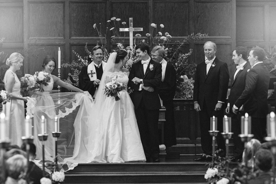 charlotteweddingphotographerivyplaceweddingwestminsterpresbyterian26.jpg