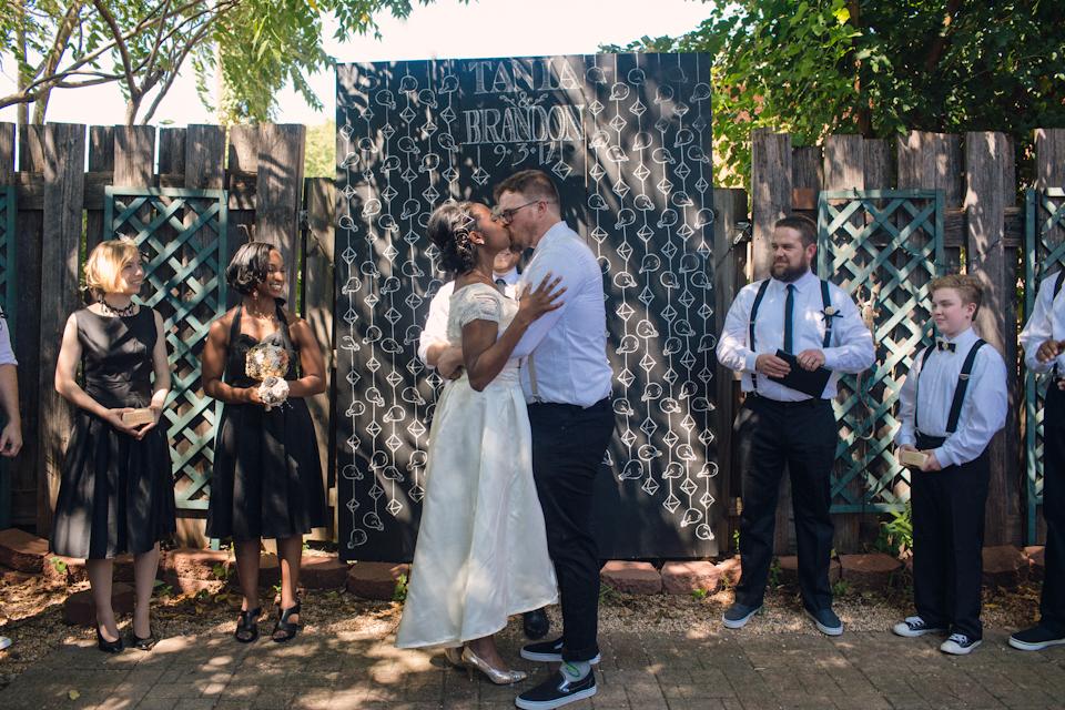 charlottephotographerashevilleweddingphotographerhipweddingphotographer21.jpg