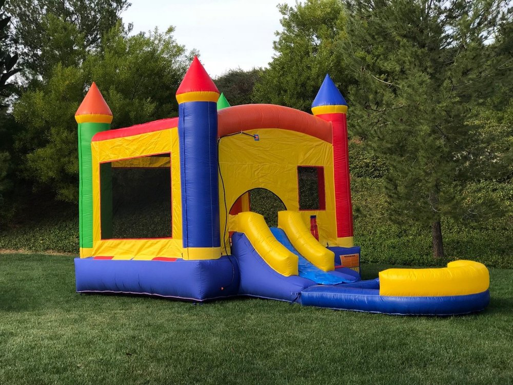 Castle Bounce House with Slide Wet.Dry combo.jpg