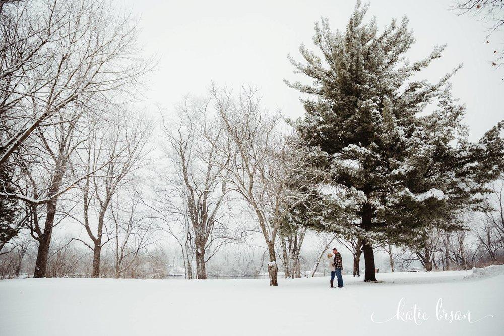 HudsonCrossingPark_Oswego_EngagementSession_LakeLawnResort_Wedding_1187.jpg