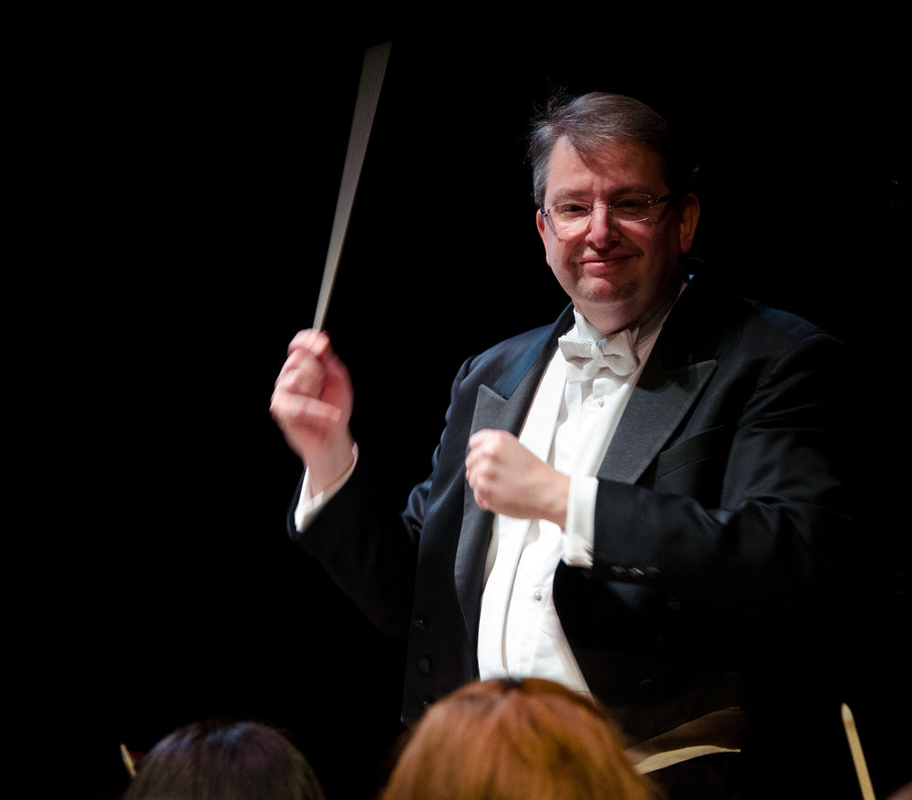 Conductor Antony Walker. Photo by Don Lassell; courtesy of Washington Concert Opera.