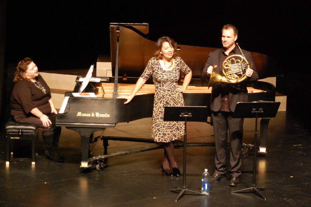 Joy Schreier, Nina Yoshida Nelsen, and Jeff Nelsen. Photo by Ron Fedorzcak; courtesy of Candlelight Concert Society.