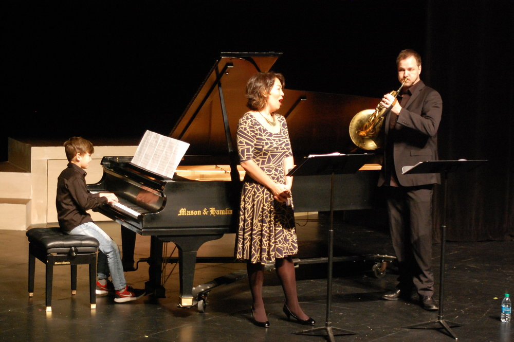 Rhys Nelsen, Nina Yoshida Nelsen, and Jeff Nelsen. Photo by Ron Fedorzcak; courtesy of Candlelight Concert Society.