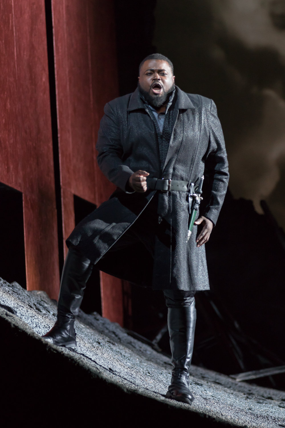 Tenor Russell Thomas (Don Carlo) in WNO's Don Carlo_credit Scott Suchman (2).JPG