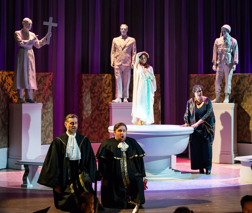 Paul Max Tipton and Patrick Kilbride as the judges, Lucia Martín Cardòn as Susanna, and Sarah Couden as Testo. Photo by Louis Forget; courtesy of Opera Lafayette.