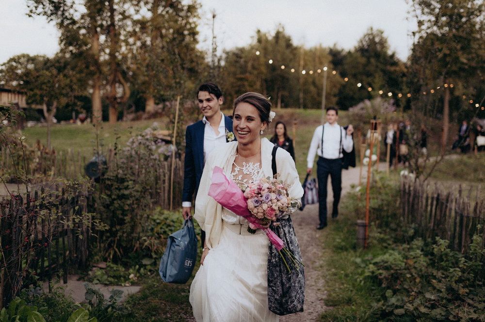 Bride arriving at Rijk van de Keizer Amsterdam