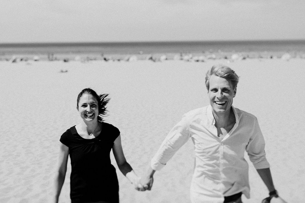 073-sjoerdbooijphotography-beach-bloemendaal-shoot.jpg