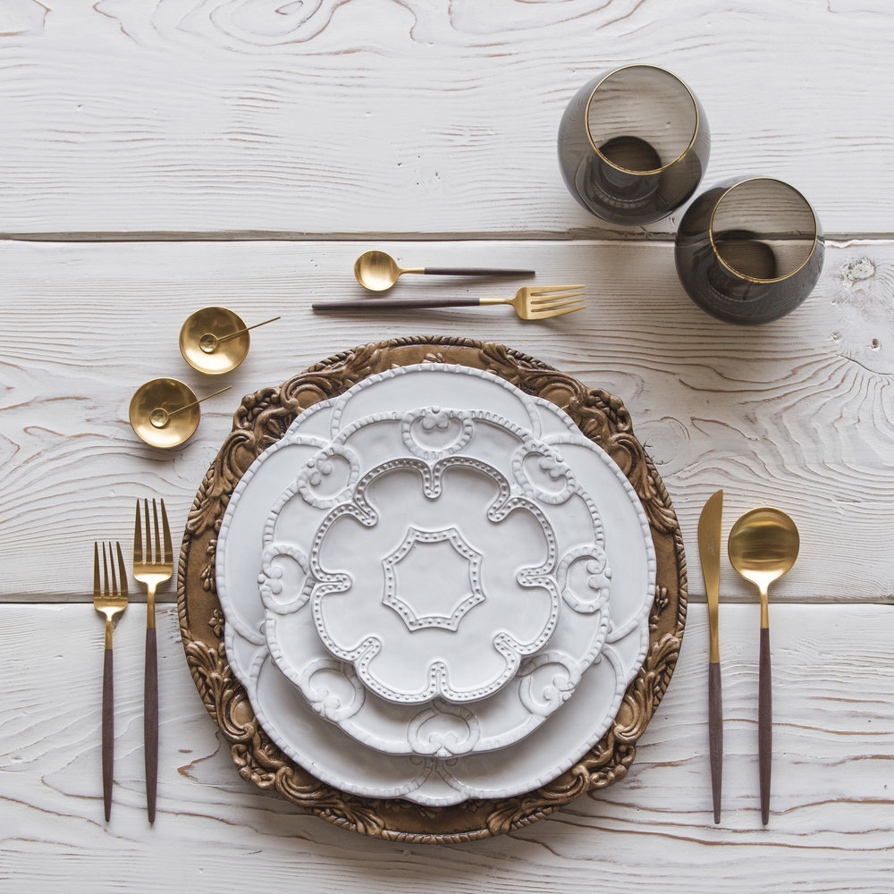 RENT: Verona Chargers in Walnut + Signature Collection Dinnerware + Goa Flatware in Brushed 24k Gold/Wood + Bella 24k Gold Rimmed Stemware in Smoke + 14k Gold Salt Cellars + Tiny Gold Spoons   SHOP: Verona Chargers in Walnut + Goa Flatware in Brushed 24k Gold/Wood + Bella 24k Gold Rimmed Stemware in Smoke + 14k Gold Salt Cellars + Tiny Gold Spoons