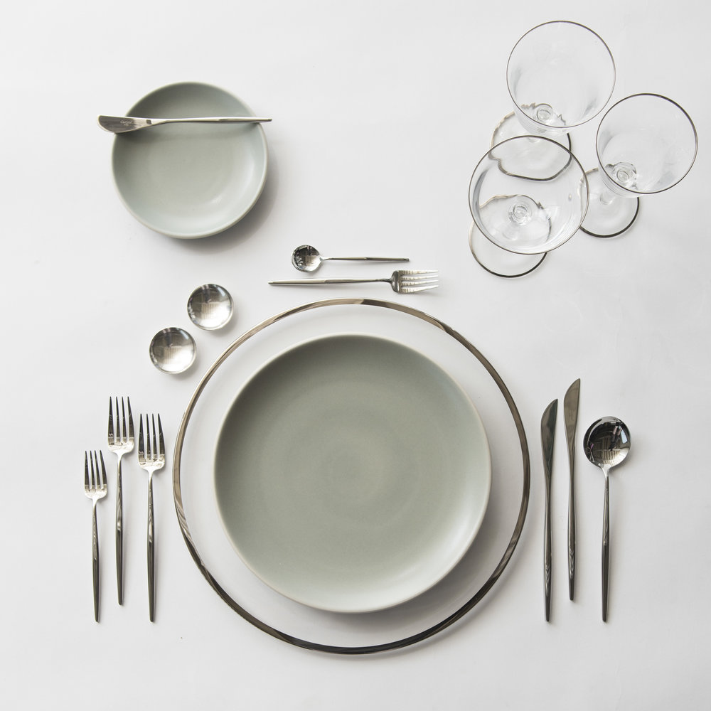 RENT: Halo Glass Chargers in Platinum + Heath Ceramics in Mist + Moon Flatware in Polished Steel + Chloe Platinum Rimmed Stemware + Silver Salt Cellars  SHOP: Halo Glass Chargers in Platinum + Moon Flatware in Polished Steel + Chloe Platinum Rimmed Stemware