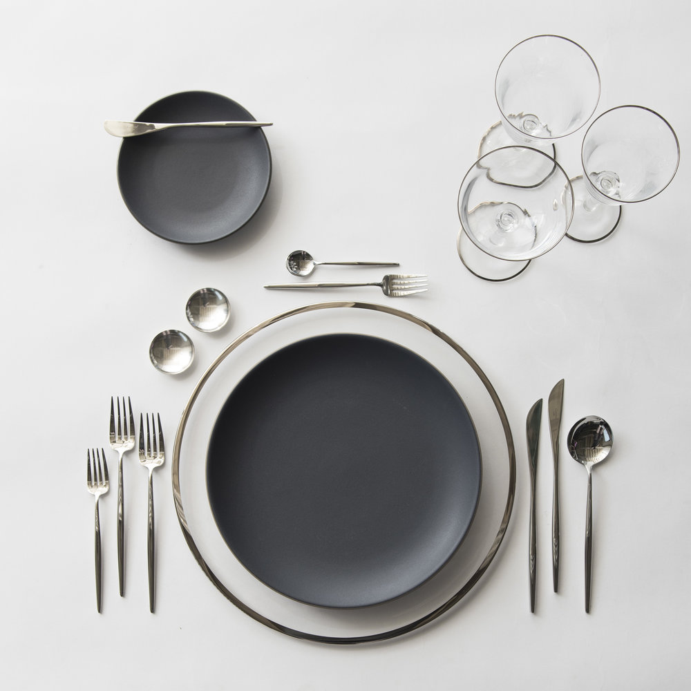 RENT: Halo Glass Chargers in Platinum + Heath Ceramics in Indigo/Slate + Moon Flatware in Polished Steel + Chloe Platinum Rimmed Stemware + Silver Salt Cellars  SHOP: Halo Glass Chargers in Platinum + Moon Flatware in Polished Steel + Chloe Platinum Rimmed Stemware