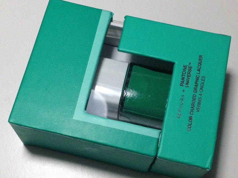 Sephora Pantone Universe Color Charged Graphic Lacquer Emerald Green 2013 (1)