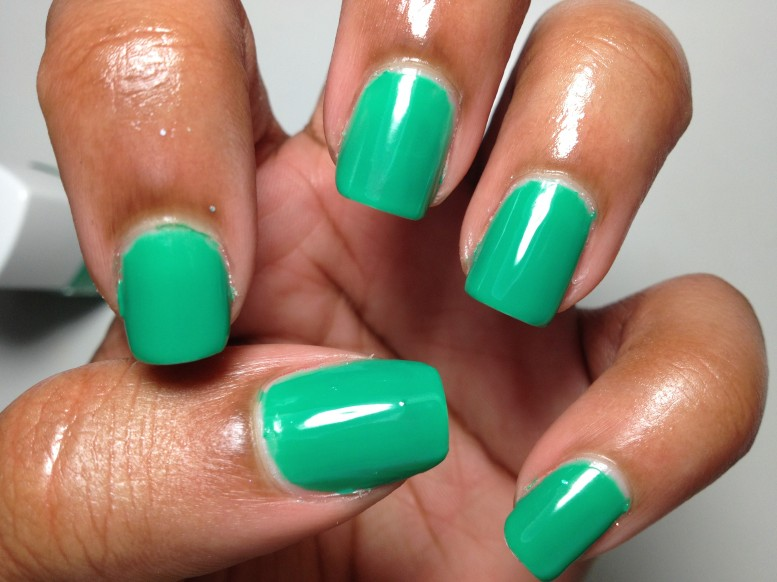 Sephora Pantone Universe Color Charged Graphic Lacquer Emerald Green 2013 (7)
