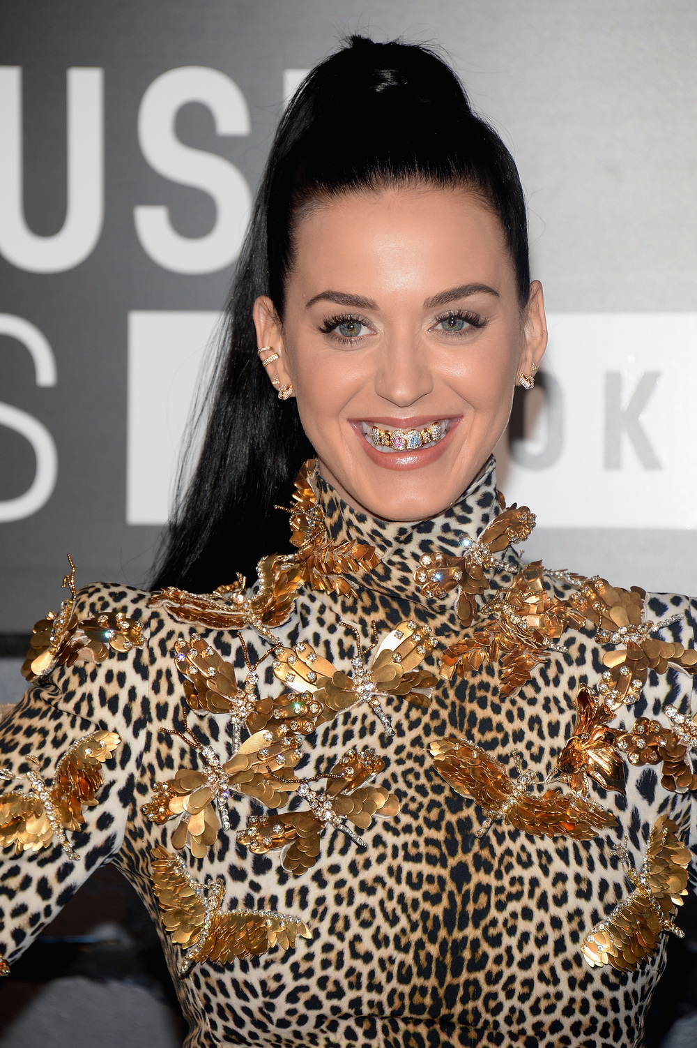 katy perry iced out grill 2013 mtv vma