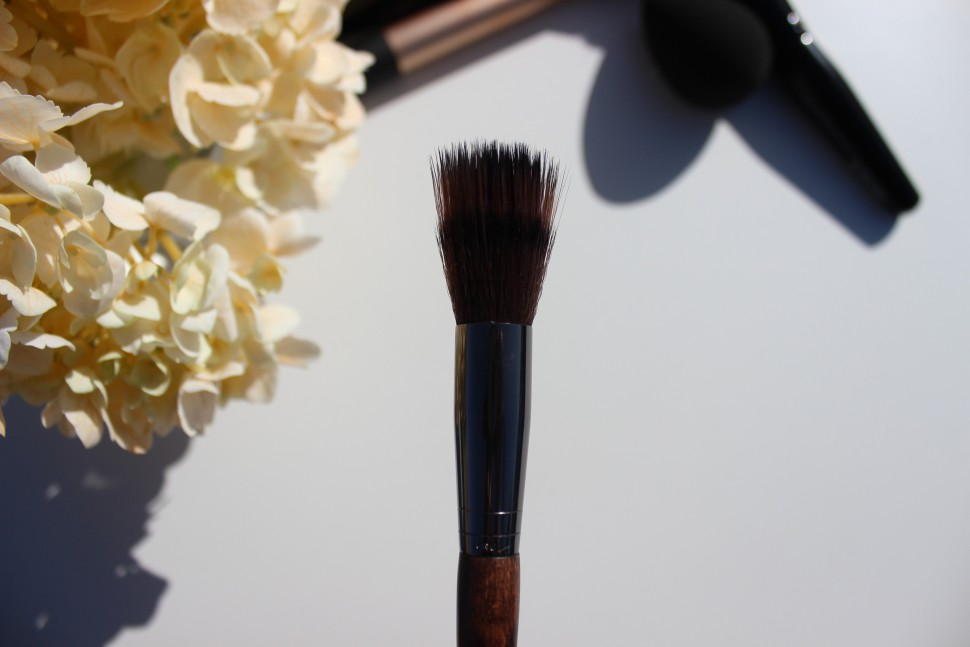 Make Up For Ever #148 Blending Blush Brush 2