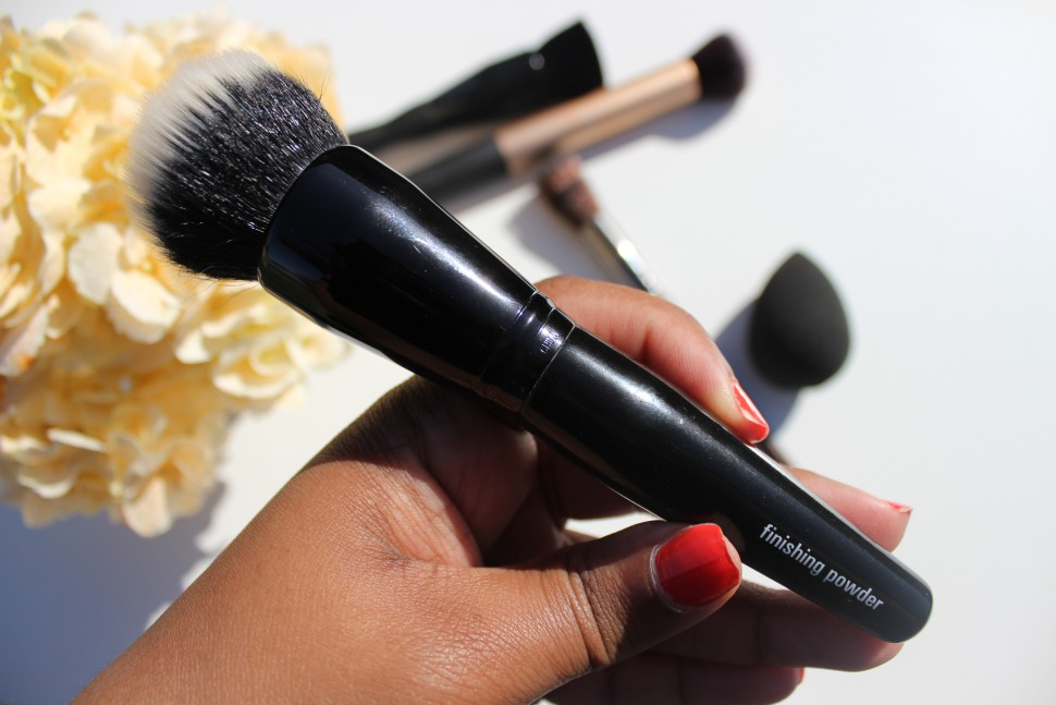 adesign powder brush bare minerals complexion brush