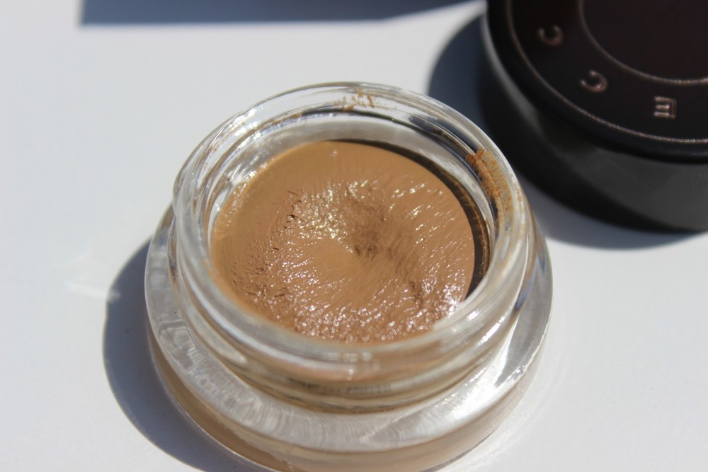becca ultimate coverage concealing creme syrup (5)