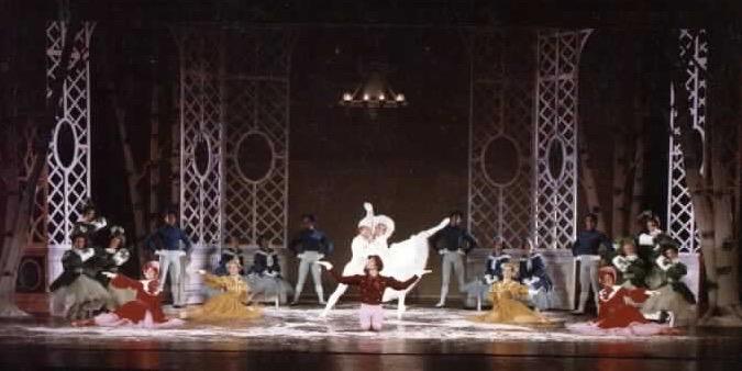 USF Ballet LesPatineurspix.jpg