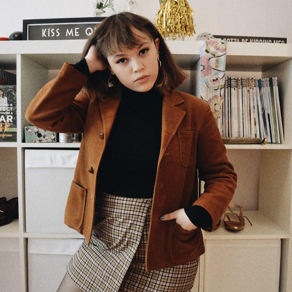 Skirt: Brandy Melville