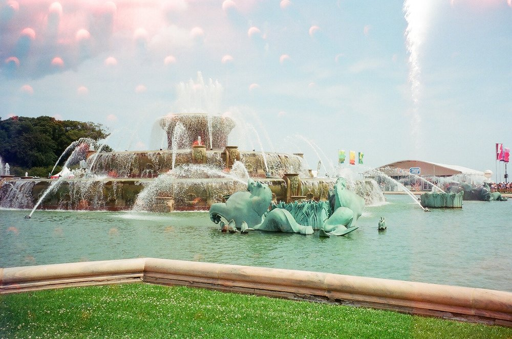 Buckingham Fountain. I remember two years ago I stood on the other side crying on the phone freshman year <3