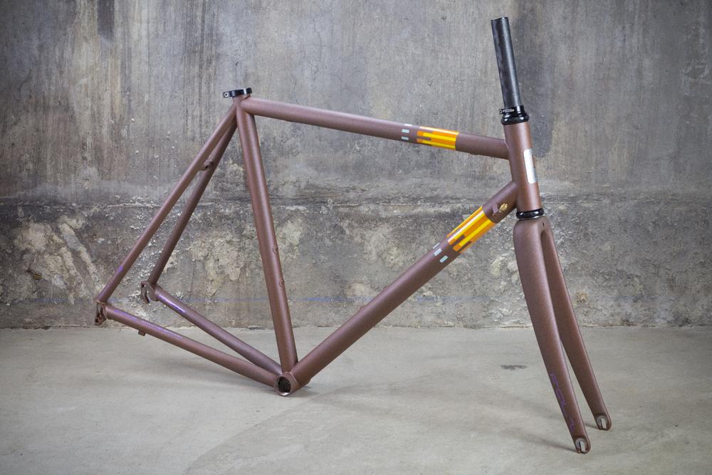 Pegoretti-Marcelo-Conn-Rust-6.jpg