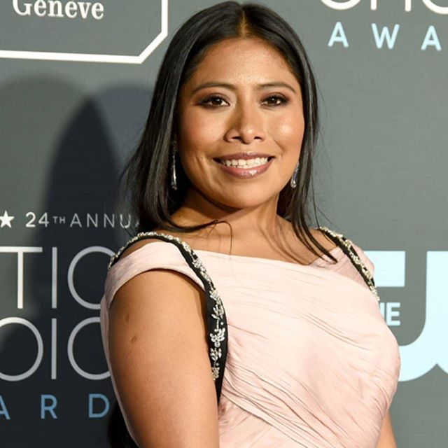 Congratulations to Yalitza Aparicio for winning the Latino Breakout Award for her role in @romacuaron ! Latino Entertainment Journalists Association @lejalatino  ROMA is now streaming on Netflix and playing on the big screen in select cinemas.