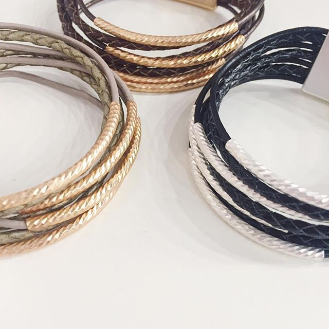 These easy magnetic bracelets are a bestseller for us-- easy to throw on with any outfit, and the leather looks amazing with the different metals. The braided multi strand leather is my favourite right now, but there's lots to choose from in store!  #jewelry #fashion #jotd #ootd #springjewelry #springfashion #whatiwore #bracelets #leather
