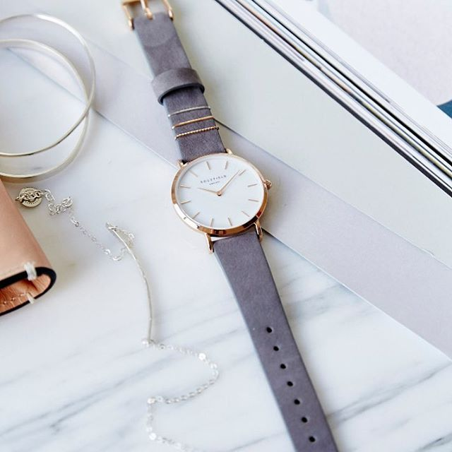 We are very excited to introduce you to our NEWEST accessory line-- Rosefield Watches! Inspired by Dutch minimalism and NYC contemporary design, Rosefield creates beautiful watches where classic meets modern, and function meets fashion. This is just a small selection of what we ordered-- we've got lots to choose from in store. 👌🏼🎉