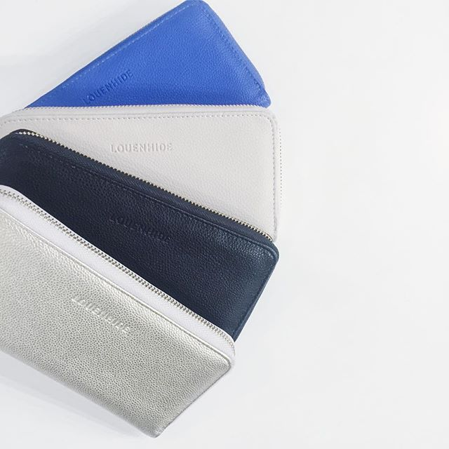 Our latest shipment from Louenhide included a nice little restock of our favourite wallets! The Ricky wallet is a functional, stylish wallet-- in great colours. Got a tiny handbag? We've got smaller options too! 👛👜
