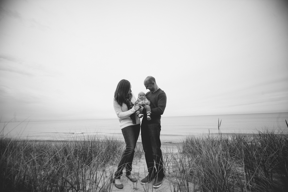 Lauren-Bobby-Indiana-family-shoot-dunes (3 of 27).jpg
