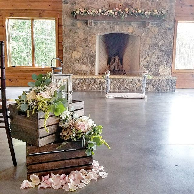 WingYin & Griffin's ceremony yesterday.. #blushwedding #junewedding #junebride #blushceremony #ceremonyflowers #mantleflowers #mantlegarland #flowergarland #woodcrates #lantern #amaranthus #roses #greenery #aisleflowers #rusticwedding #rusticceremony #barnwedding #raleighflowers #raleighwedding #raleighbride #oakcity