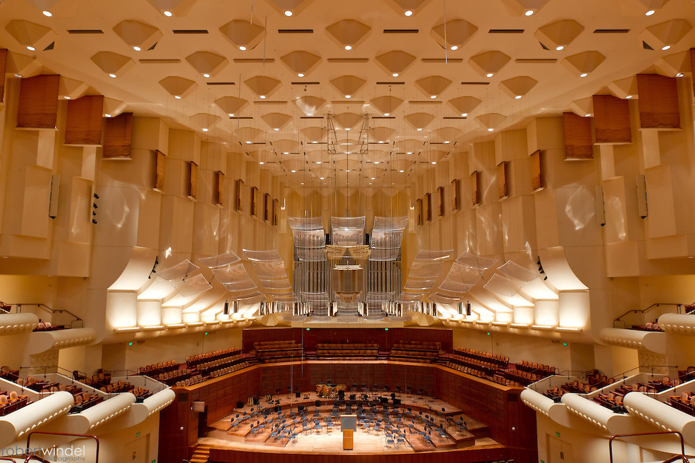 Davies Symphony Hall, San Francisco (SOM)