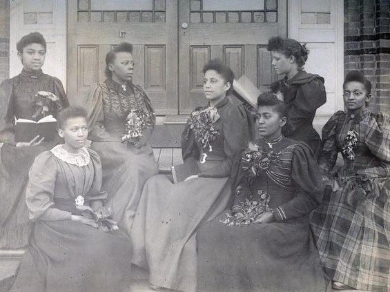 Happy Founders Day @spelman_college! April 11, 1881 marked our presence in the world and 138 years later, we are better than ever! • • • To help Spelman continue to shine for future generations, we must give back! Please join #NAASCHouston at our #GameChangers Scholarship Luncheon, Friday, May 31st. Tickets and tables are on sale now! • • • This is the last week to purchase tickets at an early bird price. Link in bio.  http://www.houstonnaasc.org/game-changers-luncheon  #NAASCHouston #HoustonPowerWomen #SpelHouseHouston #HoustonScholarships #SpelmanSisters #HBCUAlumni #SpelmanCollege #HBCUgrad