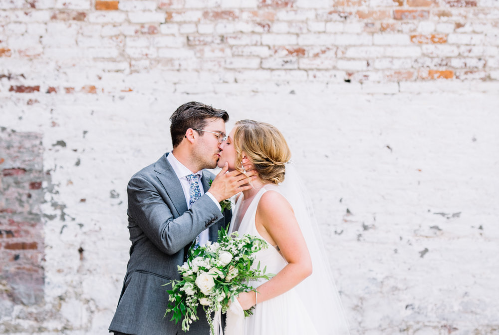 RaeganLintnerPhotography_BohoWedding_Shelby+Tyler_Bride+Groom-25.jpg