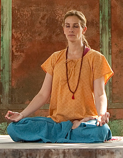 julia-roberts-collier-bouddha-eat-pray-love-1