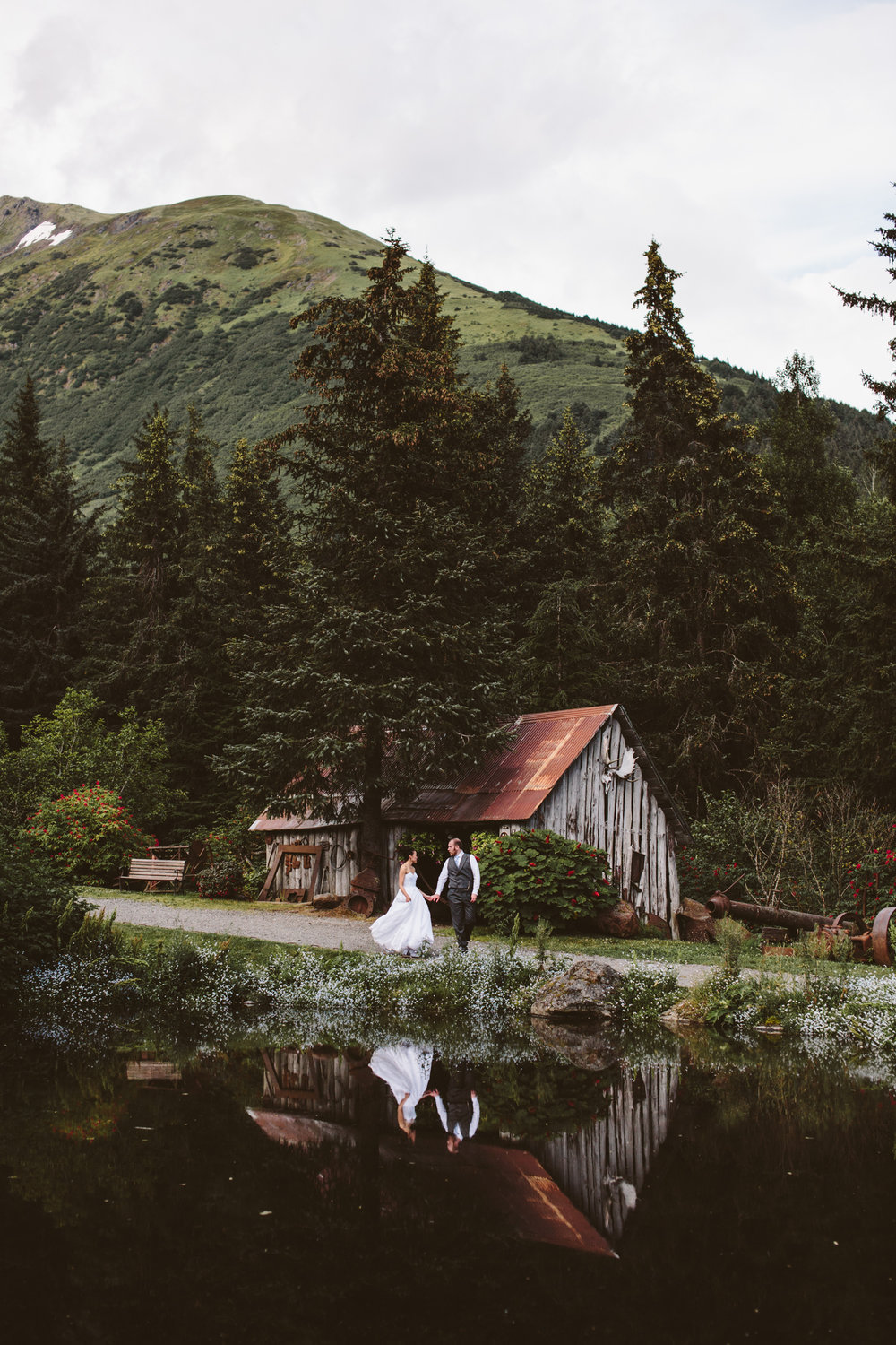 Wedding Photographer in Anchorage
